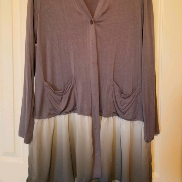 LOGO front button tunic